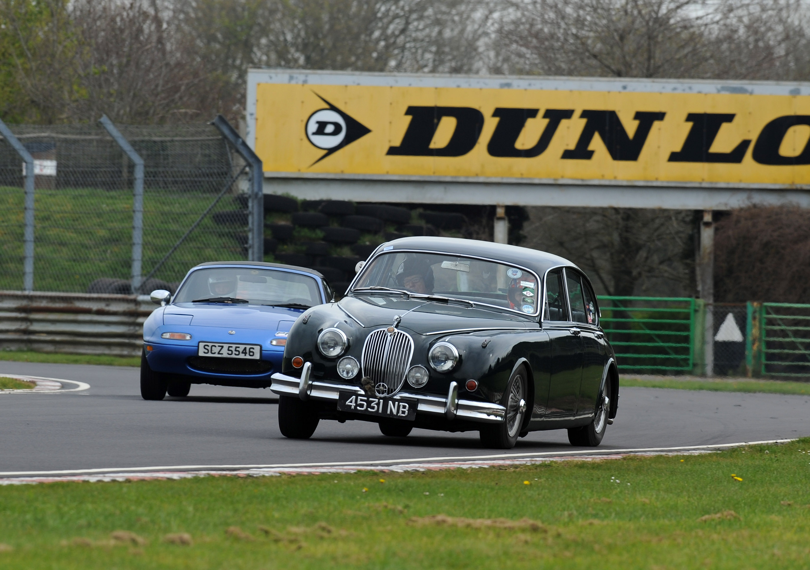 Big Day Out Track Day Guild Of Motoring Writers